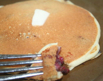 cherry_almond_pancakes