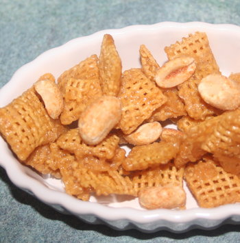sweet_salty_snack_mix