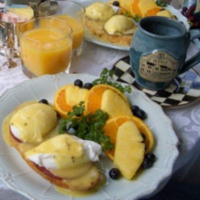 White Wine Tarragon Hollandaise Sauce