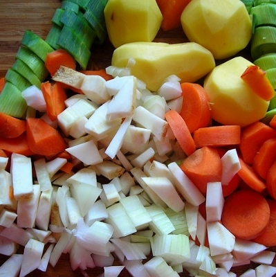 chopped veggies (399x400)