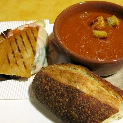 soup and sandwich (400x400)
