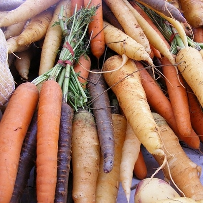colored carrots (400x400)