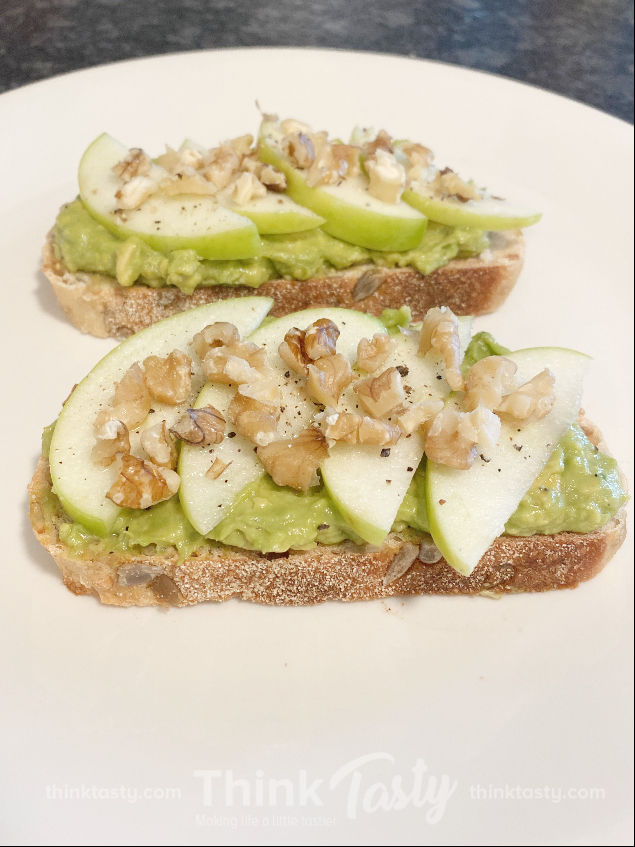 avocado toast with apples and walnuts