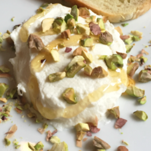 goat cheese with honey and pistachios